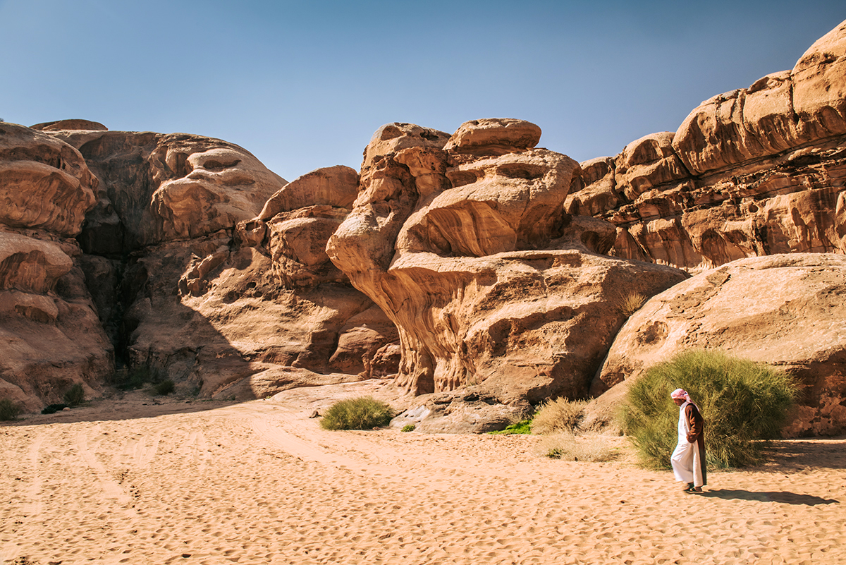 Most Skalny Um Fruth na pustyni Wadi Rum, największe atrakcje Jordanii, największe atrakcje Wadi Rum