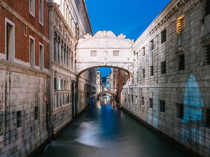 Najciekawsze miejsca Wenecji. Co zobaczyć w Wenecji. Most Westchnień