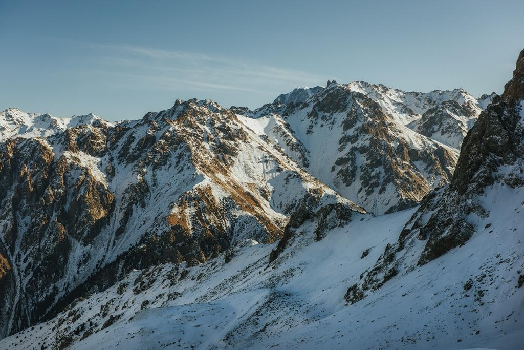Tien-Szan w Kazachstanie - co robić w Ałmatach. Piesze wędrówki i szlaki w górach Tienszan.