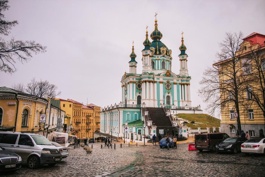 Co warto zobaczyć w Kijowie - największe atrakcje Kijowa. Cerkiew świętego Andrzeja w Kijowie.